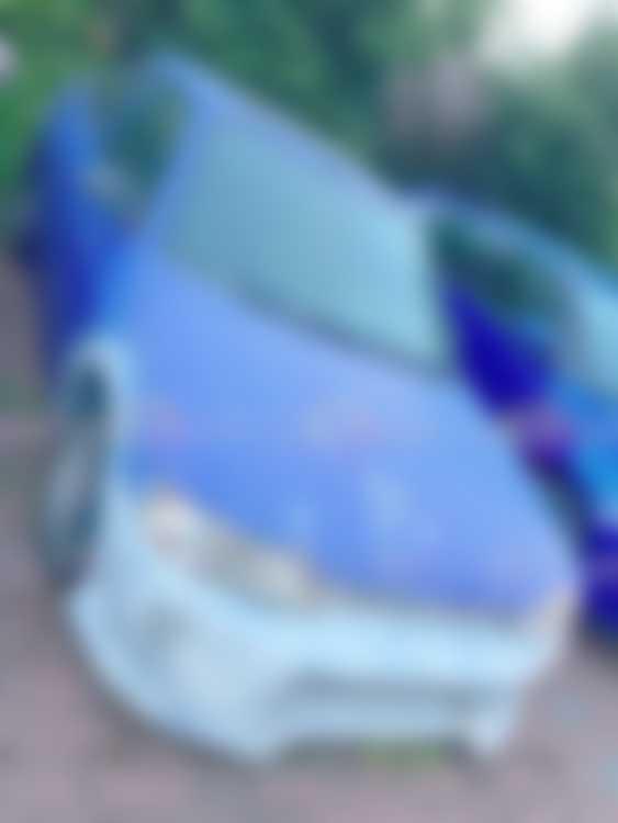 Ford Escort ugly paint job