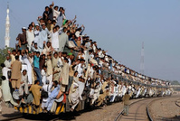 another-overcrowded-train-india