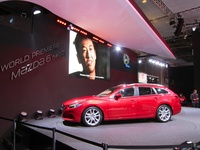 World Premiere Mazda 6 wagon