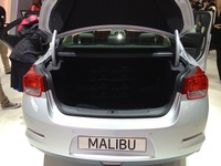 Chevrolet Malibu LTZ - open trunk