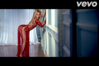 I bet many framed this frame of Shakira