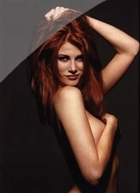 Angie Everhart 03