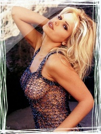 Gena Lee Nolin 05